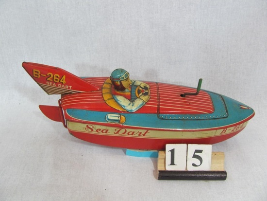 1 in lot, B-264 Sea Dart Racing Boat with Driver wind up spins propeller, s