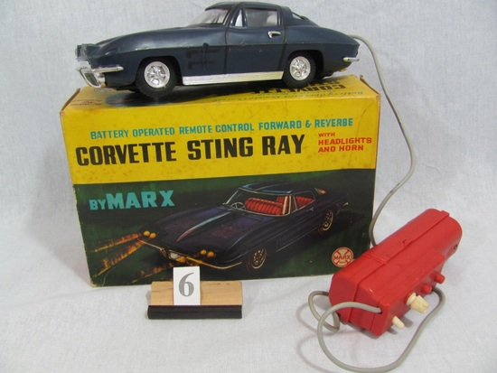 1 in lot, Corvette Sting Ray, boxed dark blue Corvette Sting Ray with clear