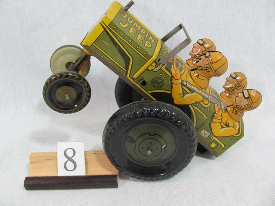 1 in lot, MARX Tin Jumpin' Jeep 22C Wind up works well, has a back and fort