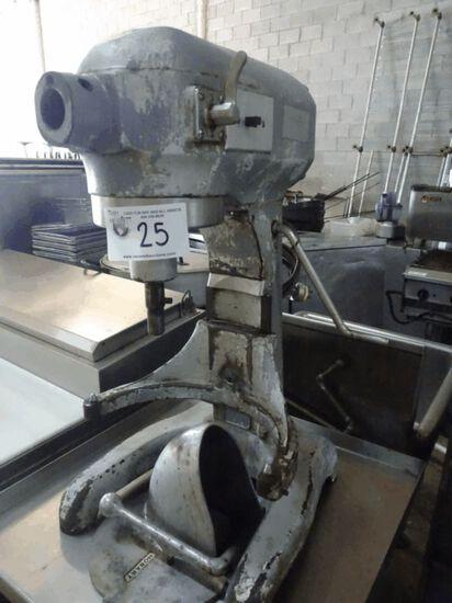 Hobart 20qt Mixer w/ Attachments
