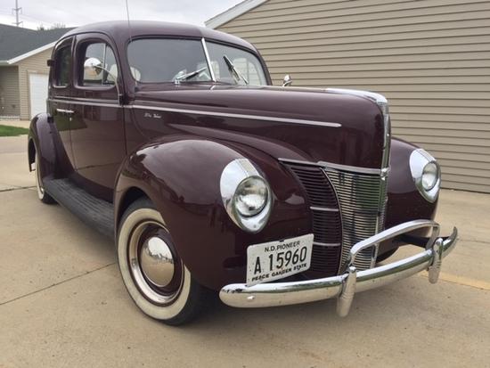 1940 Ford Sedan Streetrod