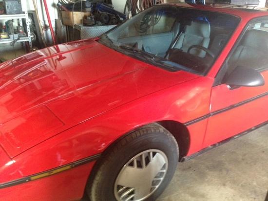 1986 Pontiac Fiero Coupe