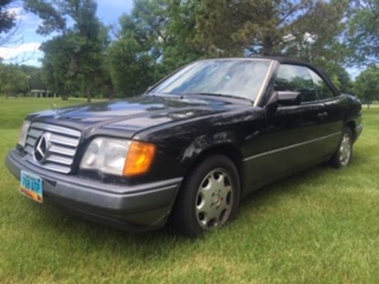 1994 Mercedes E320 Convertible