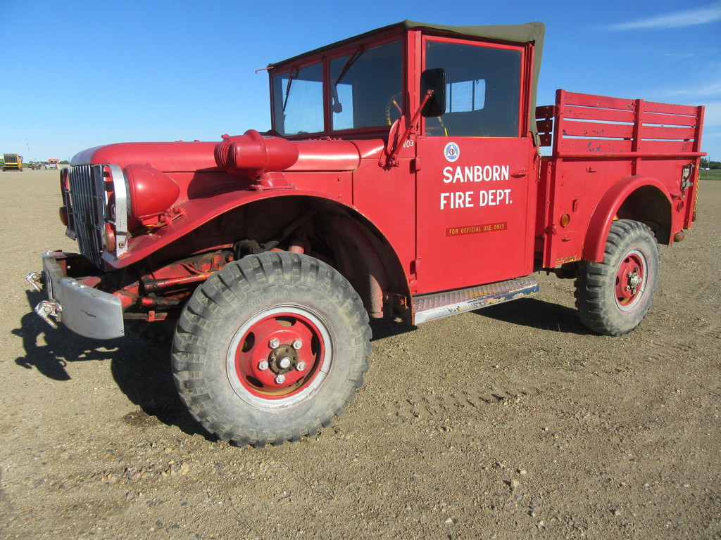 1952 Dodge M37   Colle    Auctions Online   Proxibid