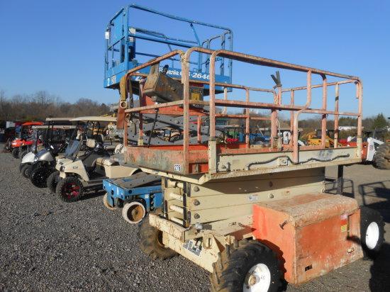 JLG 26MRT SCISSOR LIFT W/ VANGAURD GAS ENGINE OR PROPANE, 3211 HRS