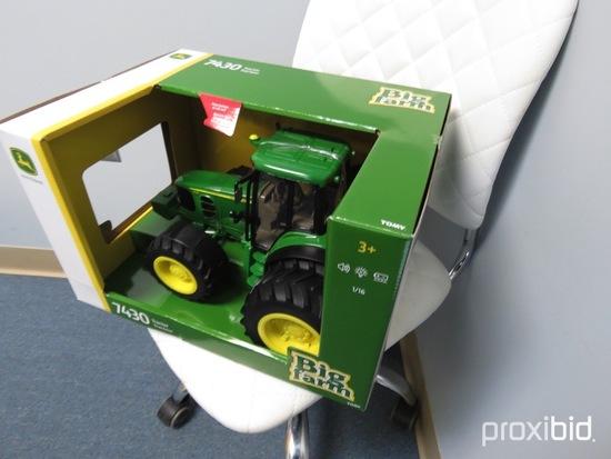 JOHN DEERE 7430 TRACTOR