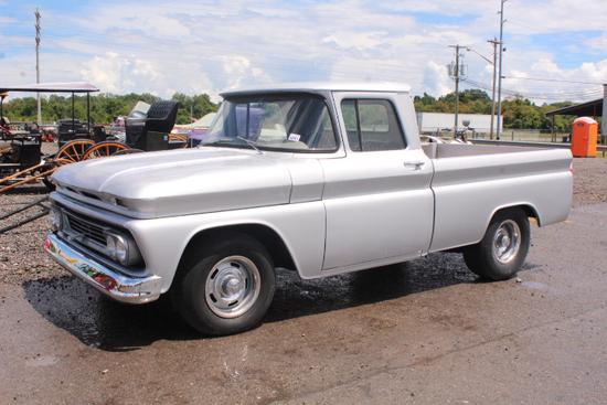 1960 CHEVROLET C10 TRUCK RESTORED, 350 ENG, AUTO TRANS, NEW OAK WOOD FLOOR BED, SHOWING 52,158 MILES