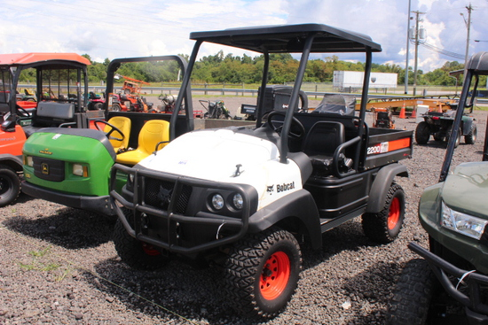 2009 BOBCAT 2200 4X4 INTELLIMAX UTV GAS,CANOPY, ELECTRIC OVER HEAD DUMP, SHOWING 817 HRS, S/N# A59Y1