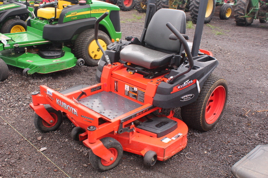 "KUBOTA Z122E ZERO TURN MOWER 48"" DECK"