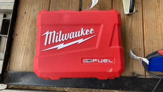 "MILWAUKEE M18 FUEL 1/2"" ELECTRIC IMPACT GUN SET"