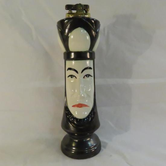 Japan Queen Chess piece table lighter