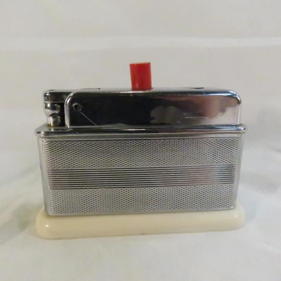 Barclay Pushbutton table lighter