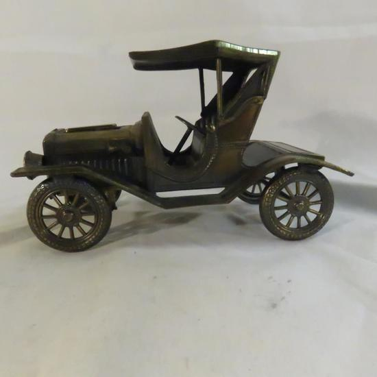 1910 Model T Ford metal Japan table lighter