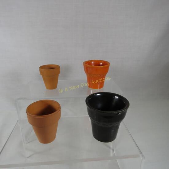 "2 Red Wing sales sample flower pots 2.25"""