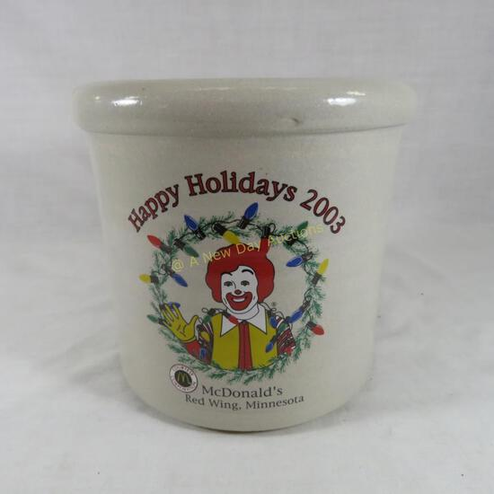2003 McDonalds Happy Holidays Red Wing crock