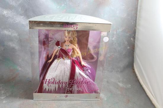 2005 Holiday Barbie Doll Bob Mackie in Box