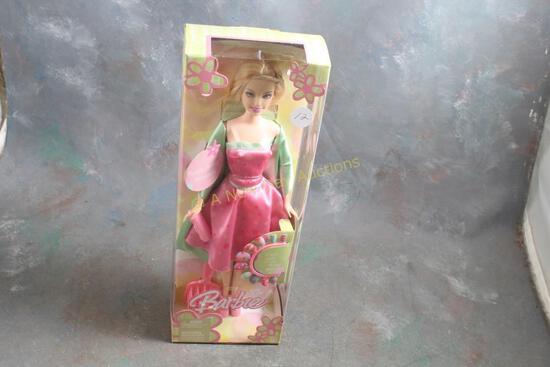 2004 Totally Spring Primavera Barbie Doll in Box