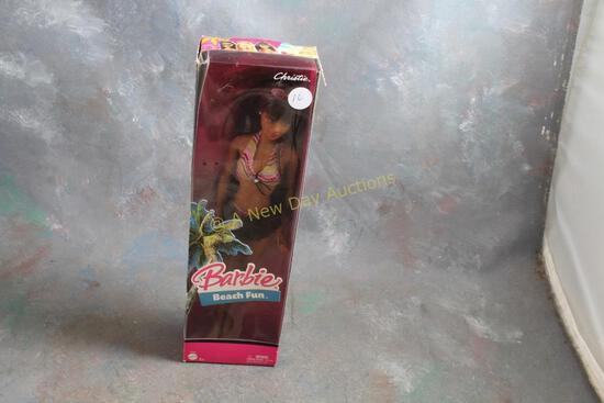 2005 Christie Beach Fun Barbie Doll in Box