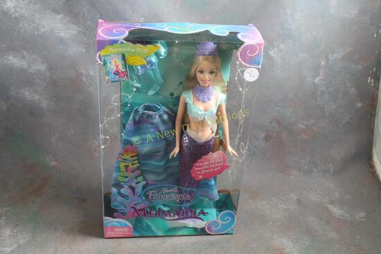 2005 Mermaidia Barbie Doll in Box