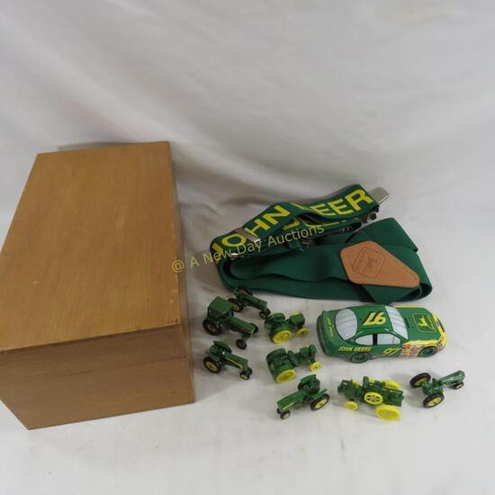 John Deere Miniatures, Suspenders & salt Shaker