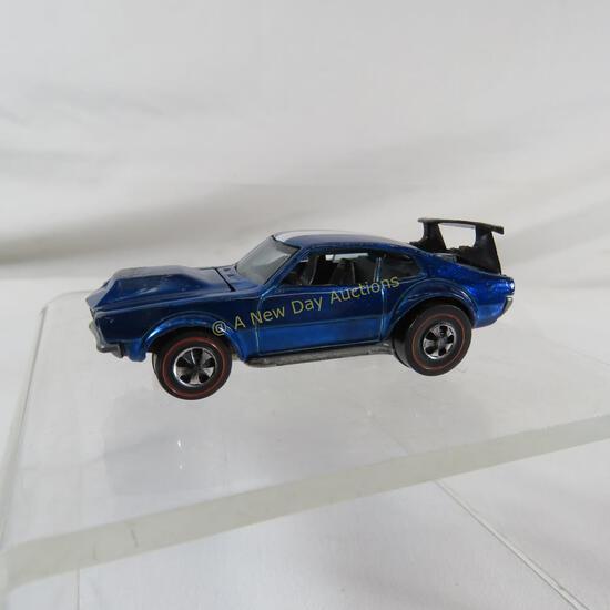 Hot Wheels Redlines Mighty Maverick in blue