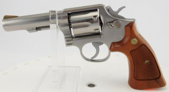 Lot #712 - S&W  64-3 Dbl Action Stailes Revolver