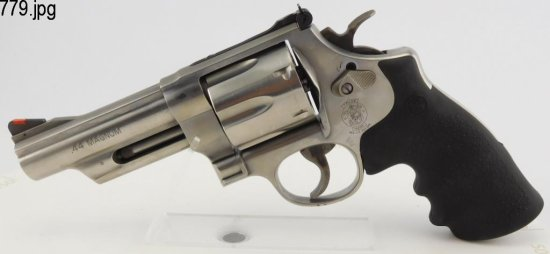 Lot #779 -S&W 686-6 Stainless Double Action Revolver