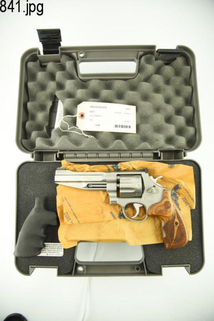 Lot #841 -S&W 627-5 DA Revolver
