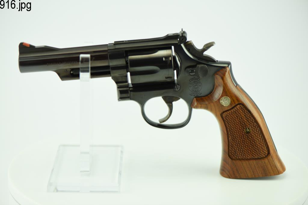 Lot #916 -S&W 19-6 DA Revolver