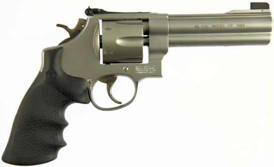 SMITH & WESSON 625-4 Double Action Revolver