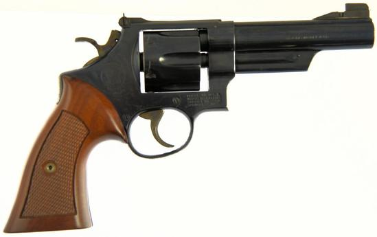 SMITH & WESSON 25-2 Double Action Revolver
