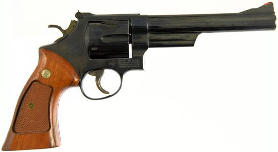 SMITH & WESSON 29-2 Double Action Revolver