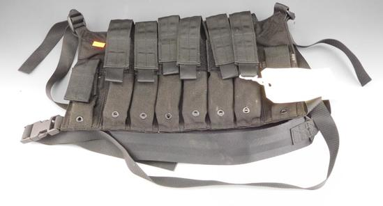 Eagle Ind. HK MP5 Chest Rig with 6 HK MP5 30 Rdmags 9 x 19mm Date Code IG.  Mags Can't be  han