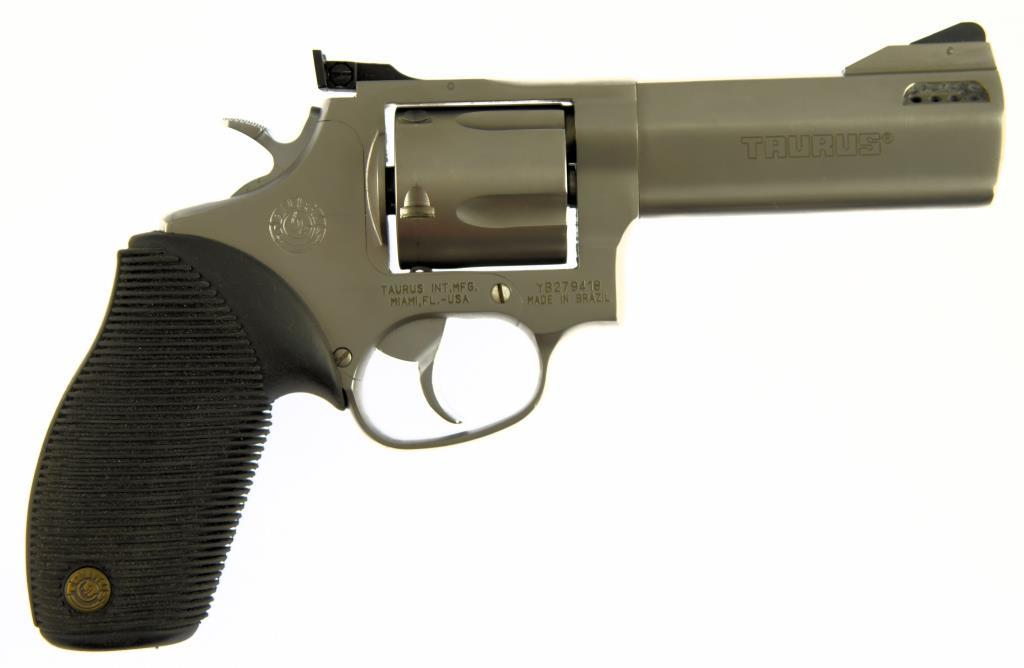 TAURUS TRACKER Double Action Revolver