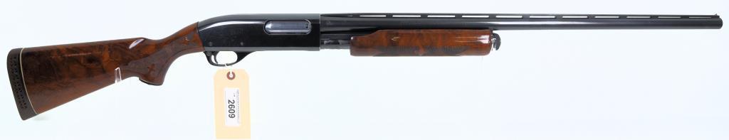 REMINGTON ARMS CO WINGMASTER 870 Pump Action Shotgun
