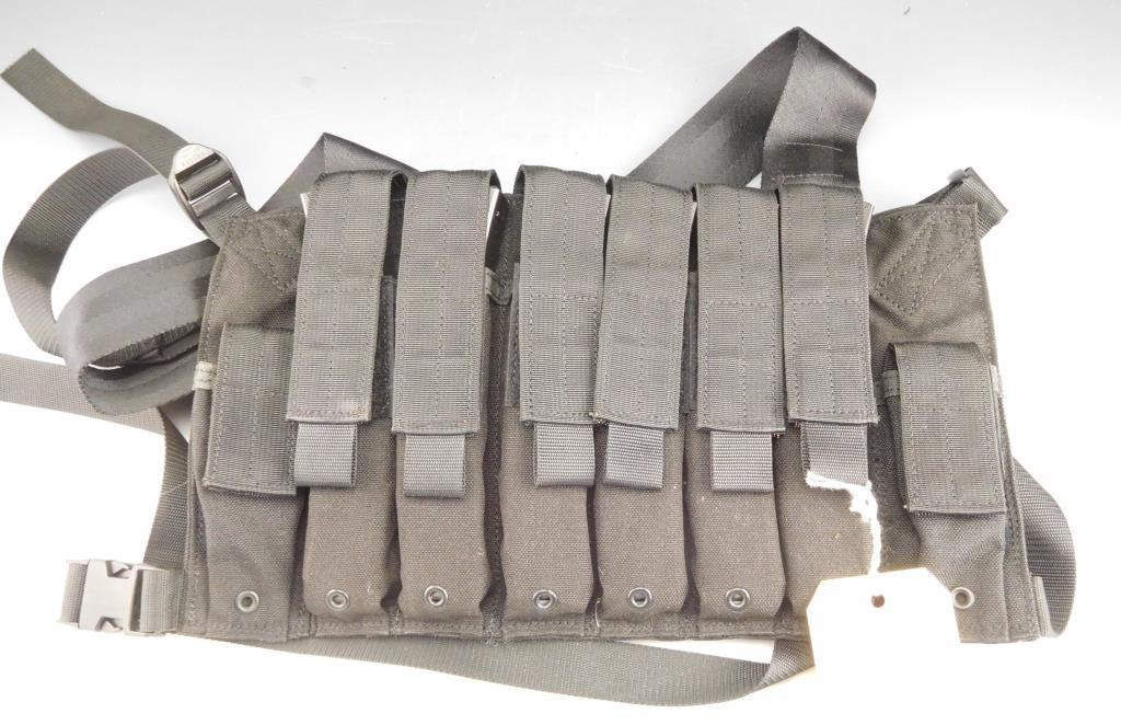 Eagle Ind. HK MP5 Chest Rig with 6 HK MP5 30 Rdmags 9 x 19mm Date Code II.  Mags Can't be