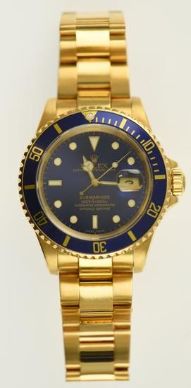 Lot #1 - 18K Yellow Gold Men's Rolex Submariner with Automatic Movement. 18K Round Case. 18K