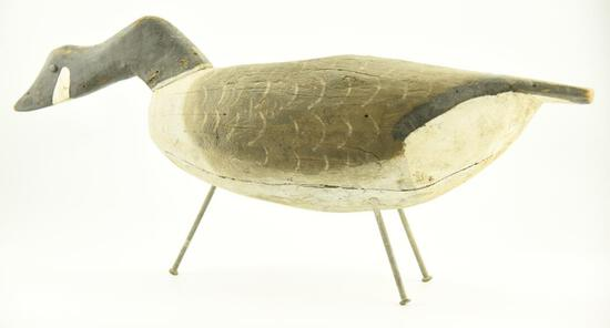 Lot #323 - Feeding model Standing Canada Goose Nova Scotia origin in original paint with gunning