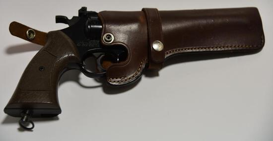 Lot #15 -Daisey Mfg. Co. Powerline model 44 CO2 .177 cal pistol in holster