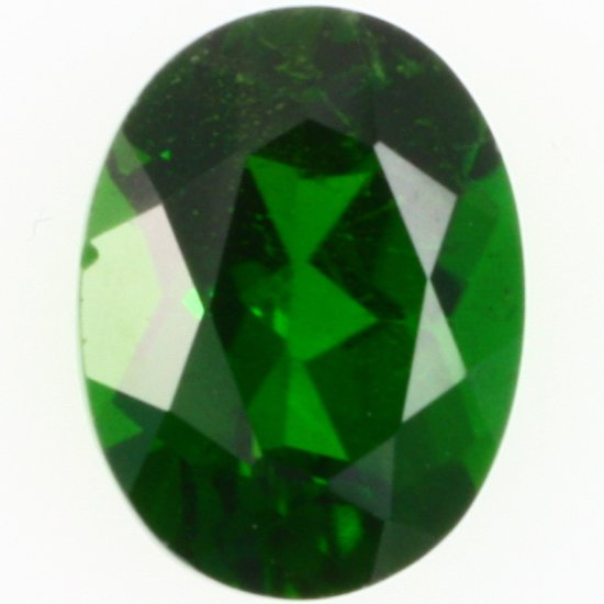 Oval-cut chrome diopside