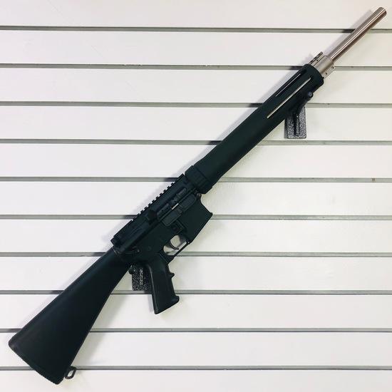 Estate Armalite M-15 semi-automatic rifle, 5.56 NATO cal