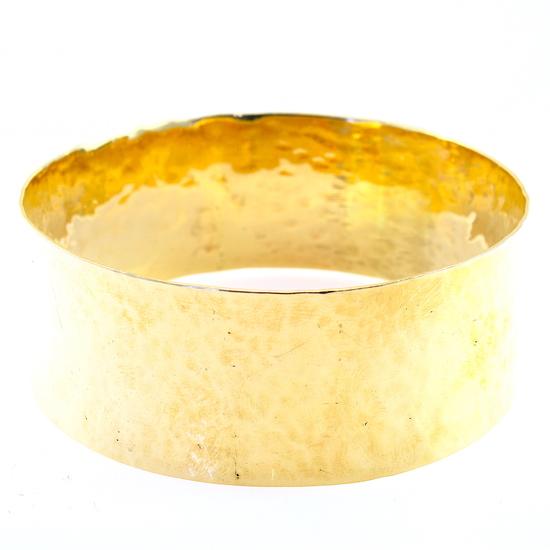Estate unmarked 14K yellow gold wide hammered bangle bracelet