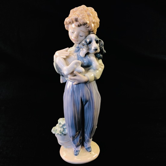 "Estate Lladro #7609 ""My Buddy"" porcelain figurine with original box"