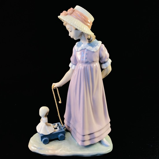 """Estate Lladro #5044 """"Pulling Doll's Carriage"""" porcelain figurine with original box"""