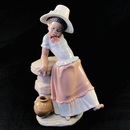 "Estate Lladro #5158 ""A Step in Time"" porcelain figurine"