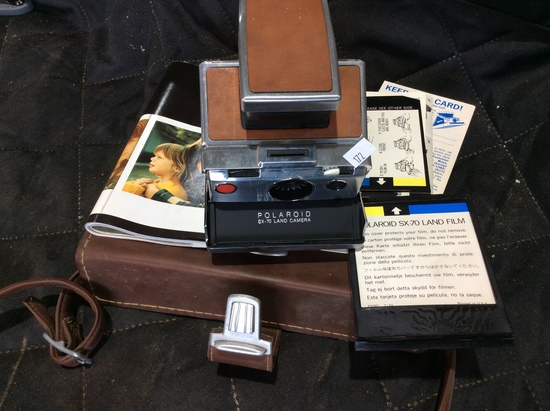 Polaroid SX-70 Land Camera w/ Case,Locking Mec. does not working