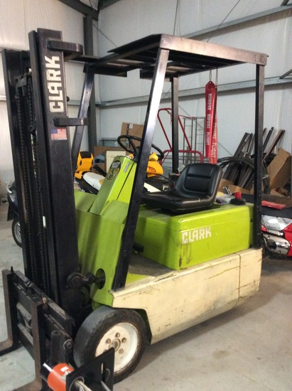 Clark Electric Forklift Model TM-12 with Side Shift, includes Charger #SDR2