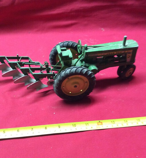 John Deere Tractor With Plow  1/16
