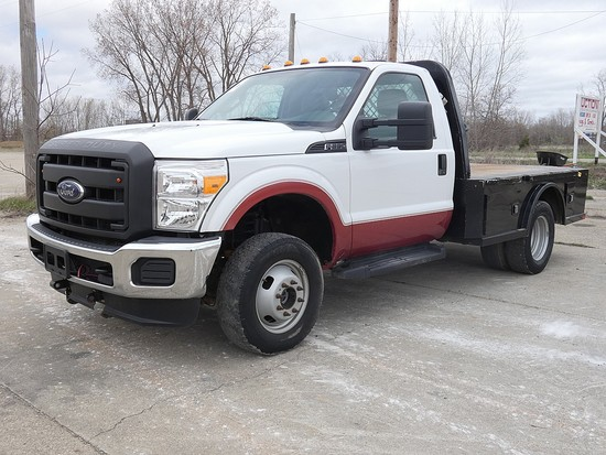 2016 Ford F350 S/A 4x4 Flatbed Truck, SN:1FDRF3H66GEA51401, Gas, Auto, 4wd,