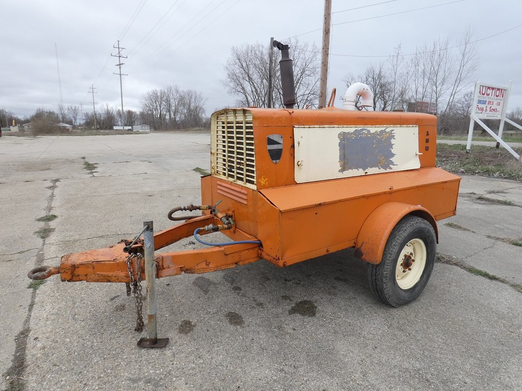 LeRoi 150 Air Compressor, Detroit Diesel.